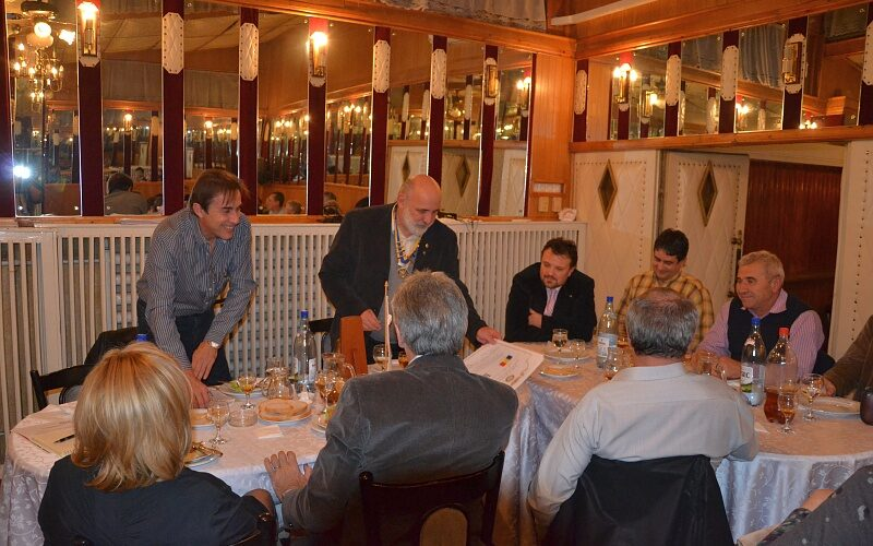 Poze infratire Rotary Club Tthessaloniki (3)